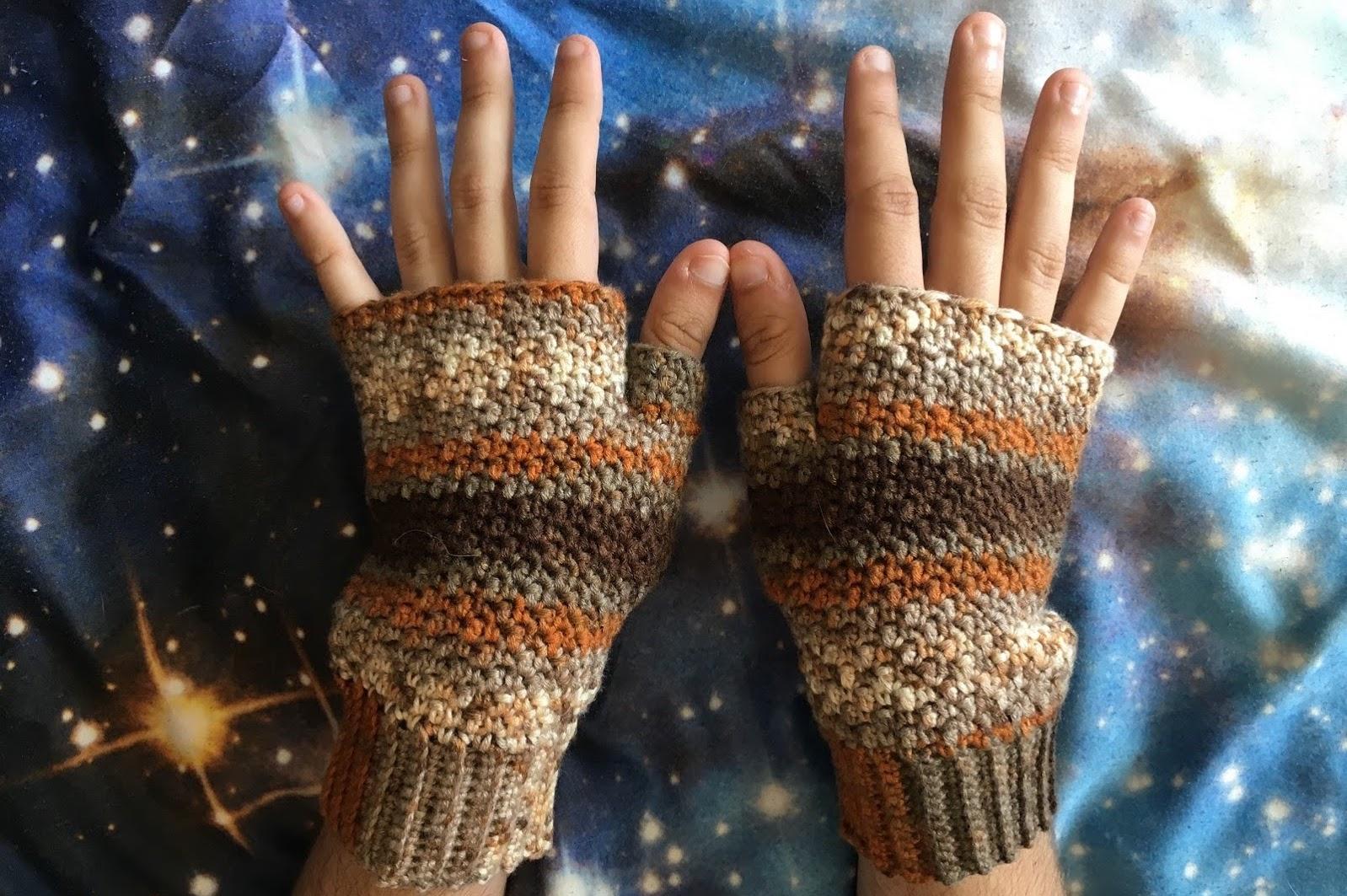 Free Crochet Pattern: Griddle Stitch Mitts